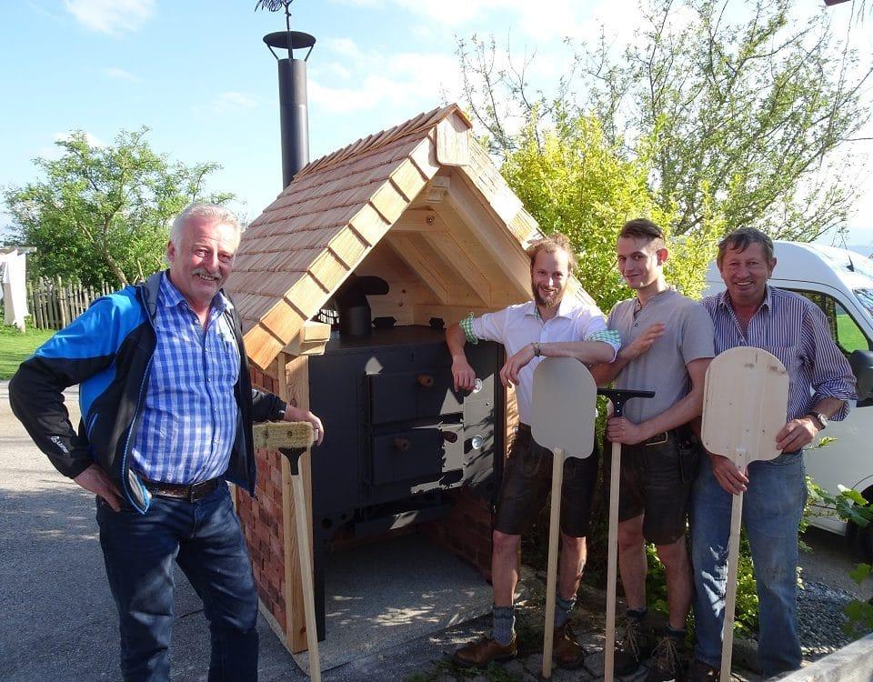 Holzbackofen beim Hussenbauer